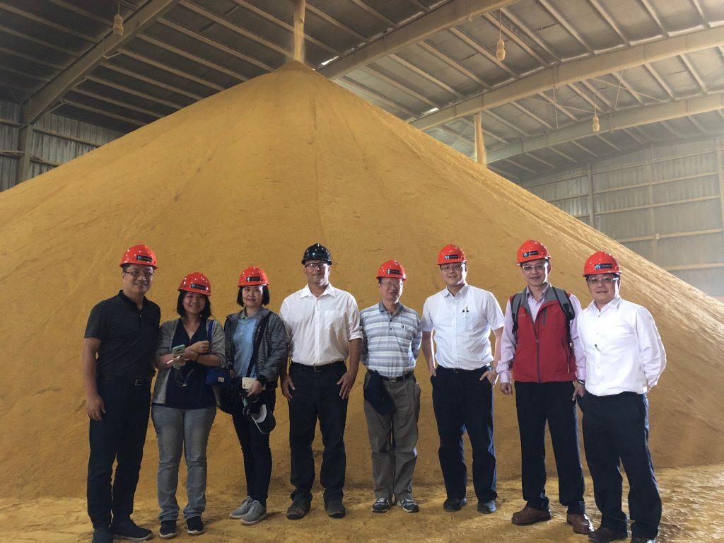 Taiwan Grain Quality Survey Team - DDGS group photo