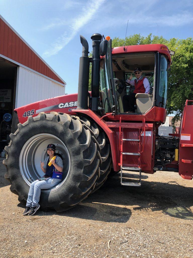 Taiwan Grain Quality Survey Team - Tractor