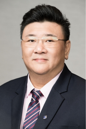 Headshot of Kent Yeo