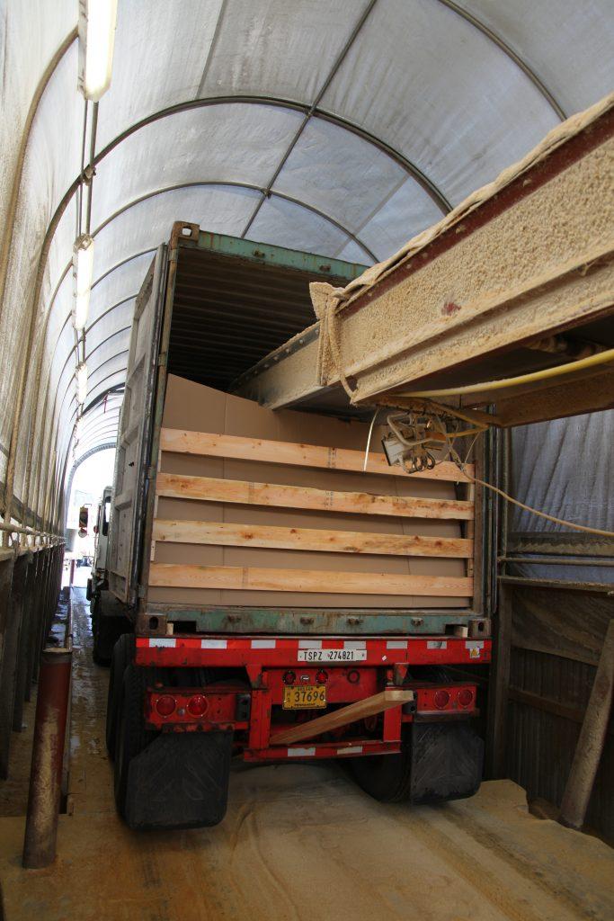Transloading Grain